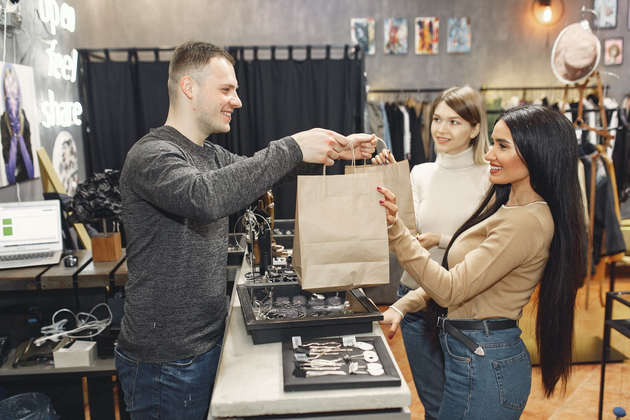 Local Retailers Fight to Compete with Online Marketplaces